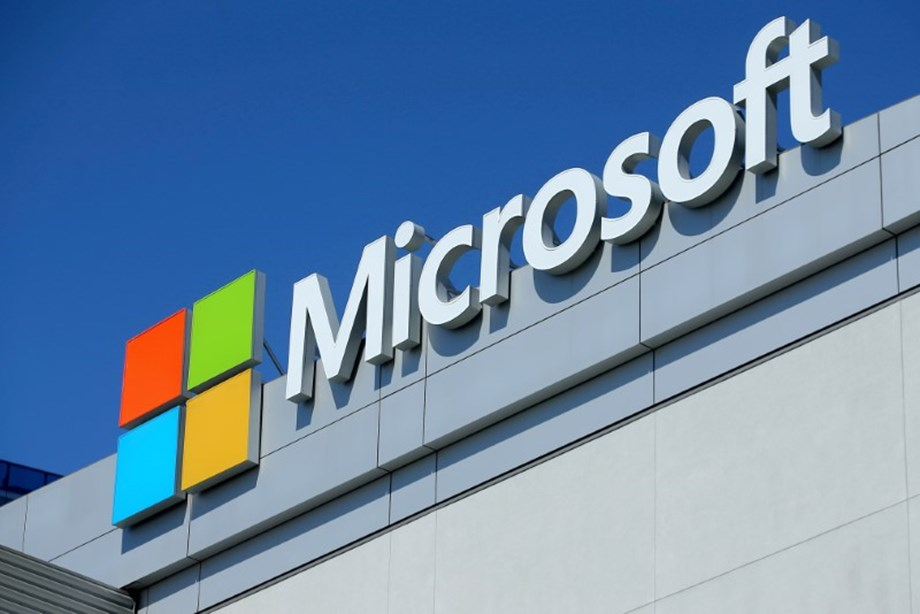 United States government seeks end to Supreme Court privacy fight with Microsoft