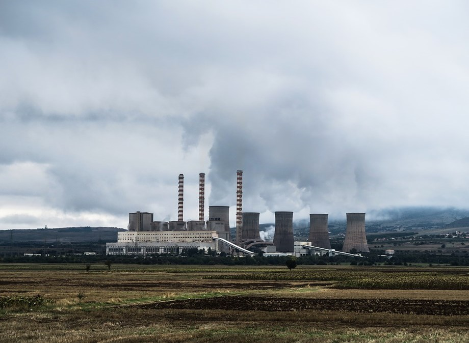 China implements the first environmental protection tax