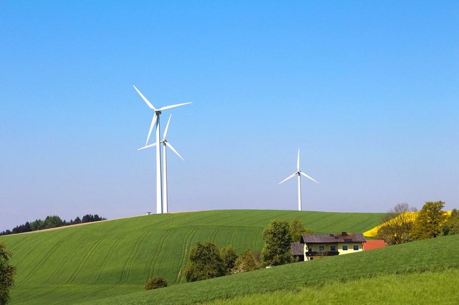 South Africa to launch bid window for Renewable Energy program