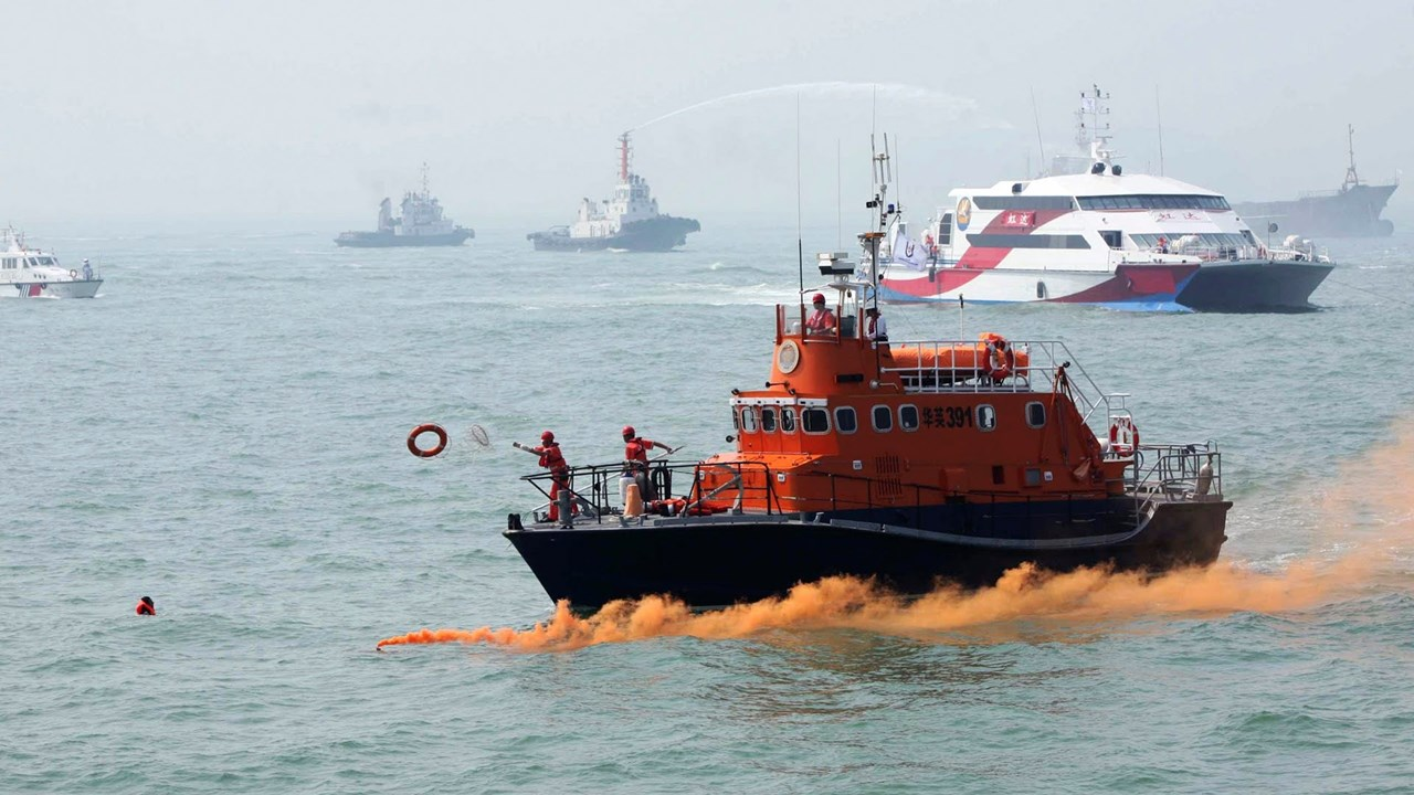 China and Vietnam to settle maritime disputes