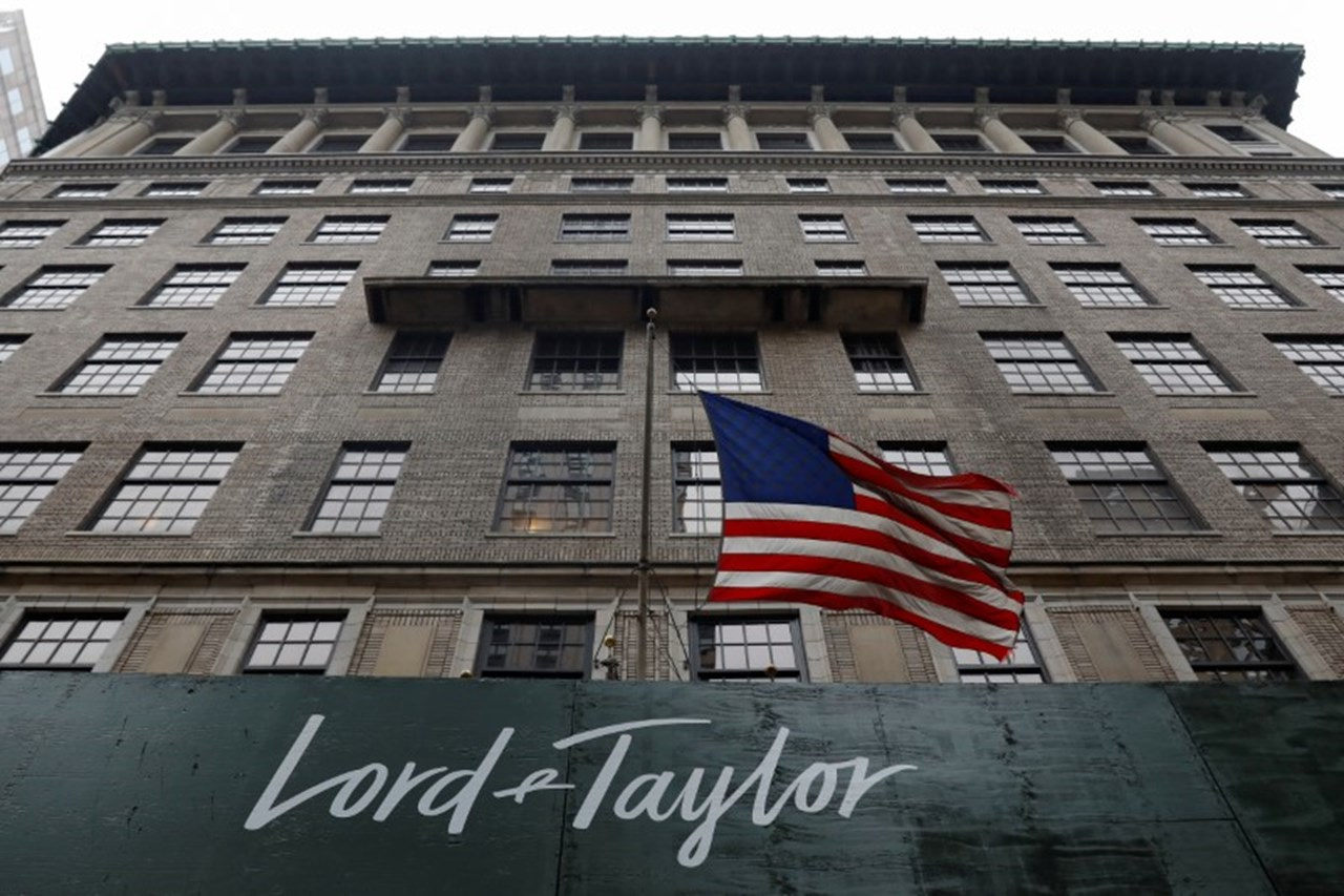 Data breach : Saks, Lord & Taylor hit by payment card data breach