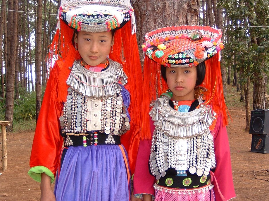 A total of 1545 hostels, sanctioned by the Ministry of Tribal Affairs, for tribal girls and boys in the country at present