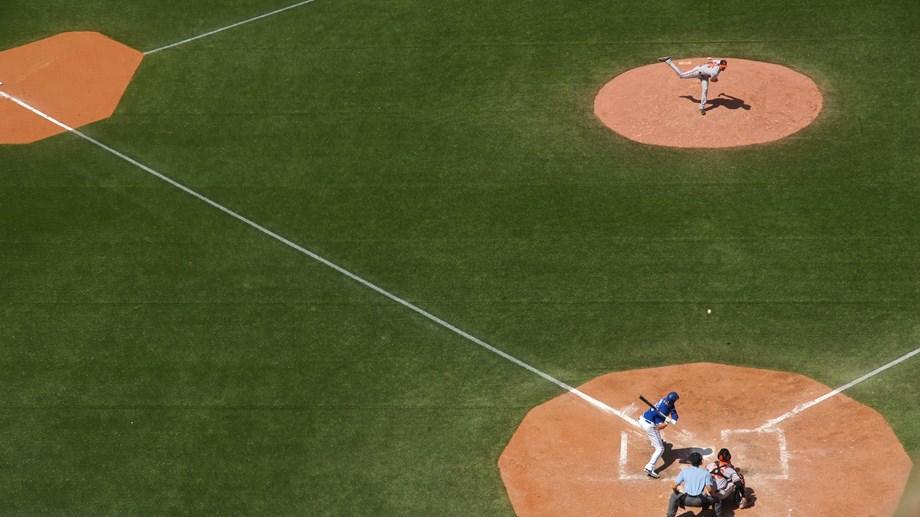 Austin Hedges helps Padres top Cubs, end seven-game skid
