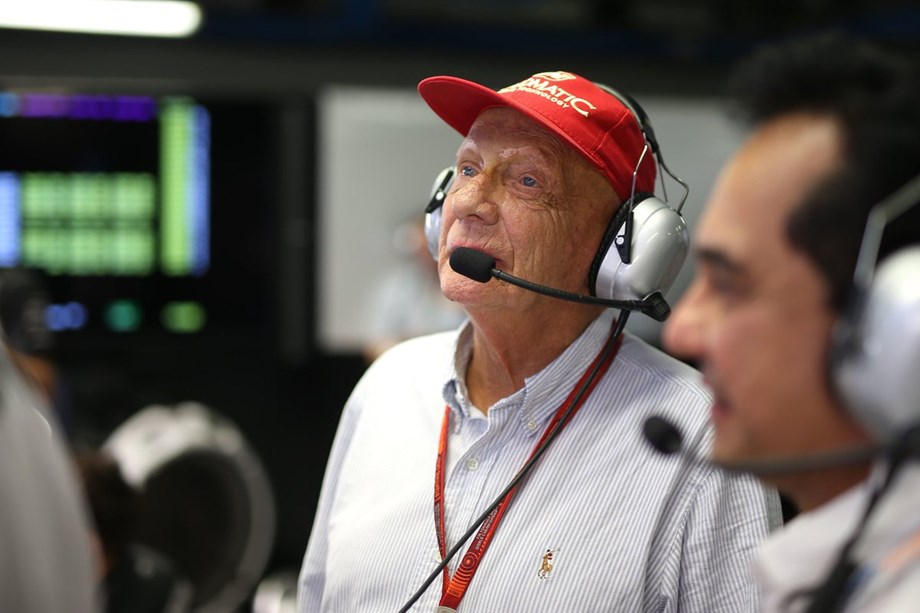 Niki Lauda, Formula One world champion undergoes successful lung transplant