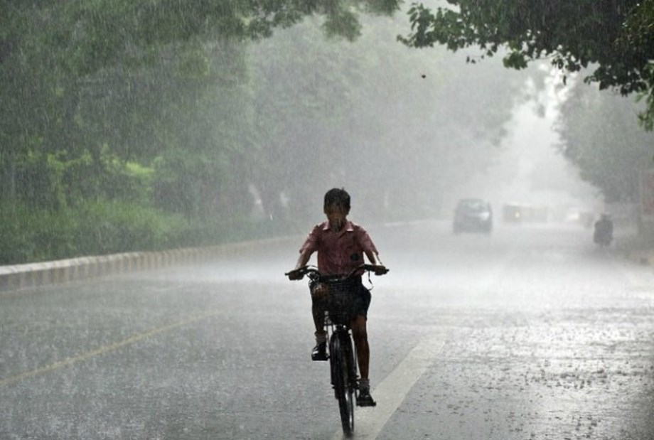 India ready to receive average rainfall in Aug-Sept