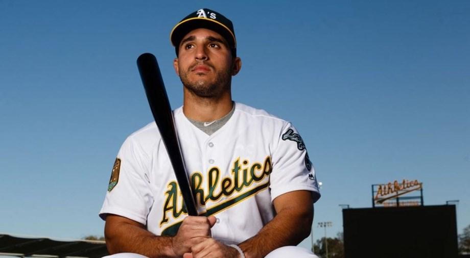 Ramon Laureano's first major league hit