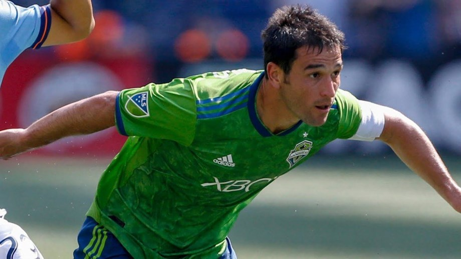 Nicolas Lodeiro and Will Bruin score in second-half stoppage time