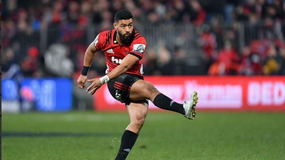 Man of moment Mo'unga no guarantee of All Blacks start