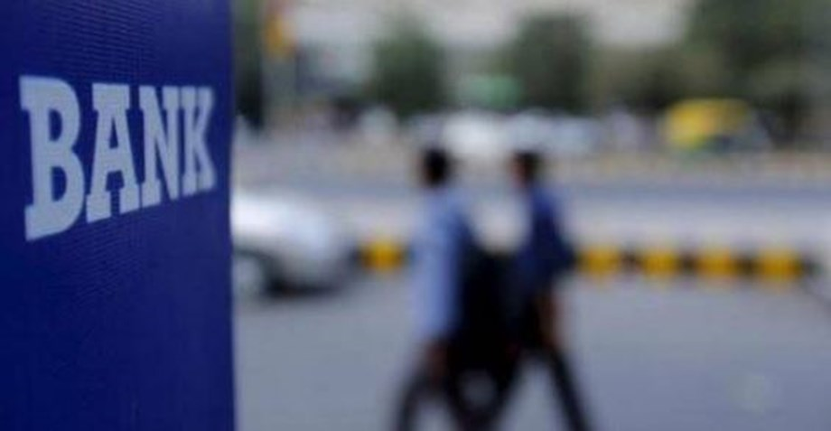 Banks collect INR 5,000 cr from customers for non-maintenance of min balance