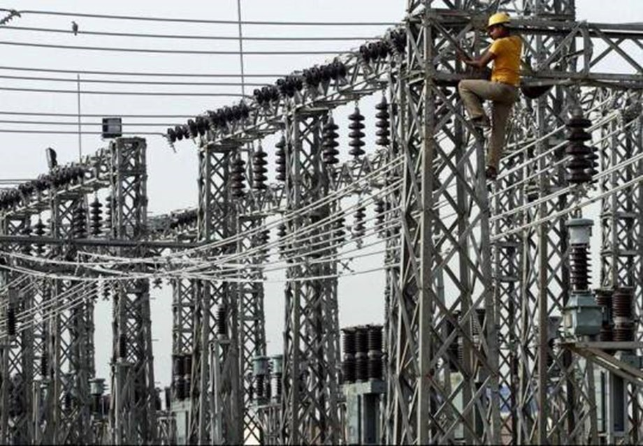 Power distribution companies in Delhi sell 615.5 mn units electricity to outside customers
