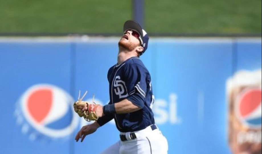 Cory Spangenberg doubles home tiebreaking run with two outs in eighth inning