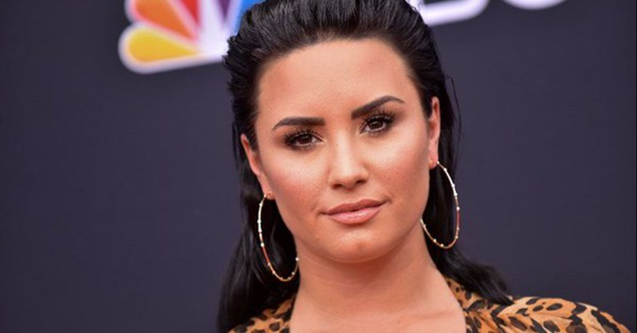 """Demi Lovato: """"I now need time to heal and focus on my sobriety"""""""