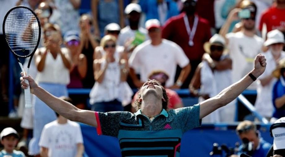 Alexander Zverev wins his third title of year