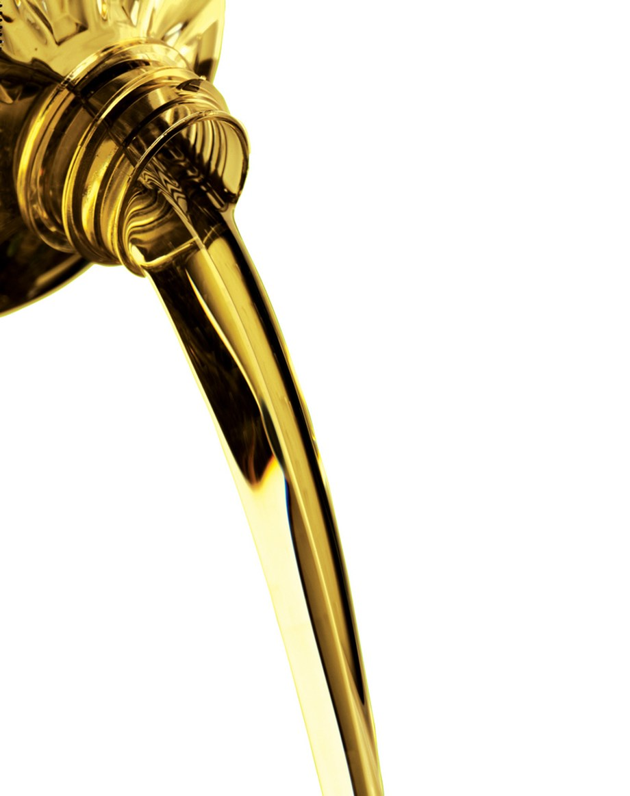 Refined soya oil prices slip by 0.34 pct to INR 736.80 per 10 kg