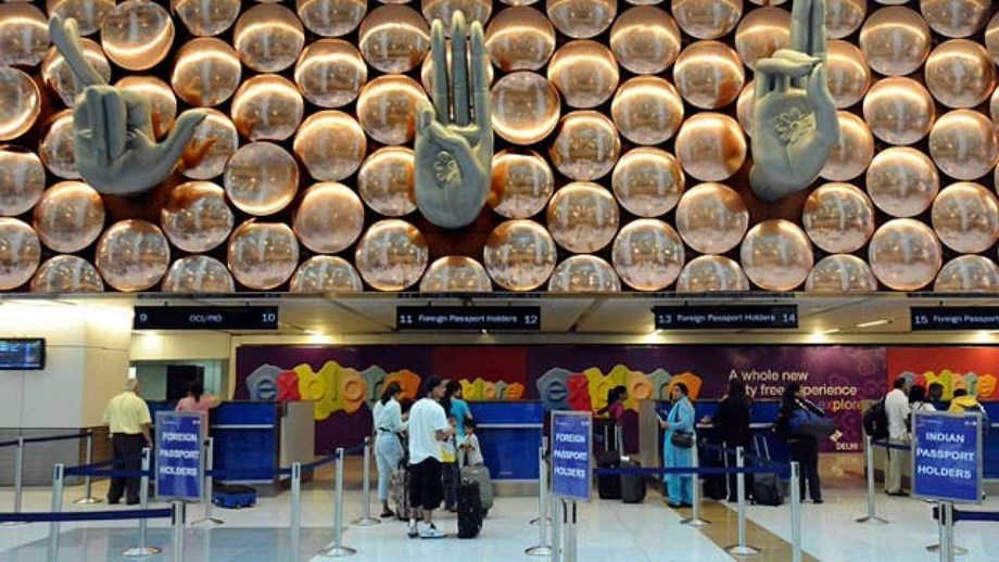 Govt extends e-visa facility at 25 airports and 5 seaports to promote tourism