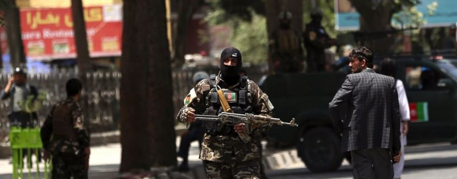 Afghan officials: Taliban attacks kill 4 troops, 4 women