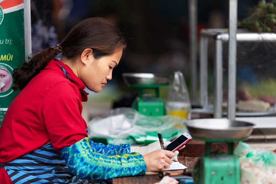 World Bank's IFC helping women entrepreneurs of Vietnam with easy loans