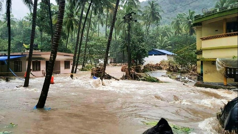 Kerala Flood: IAF undertakes HADR missions for providing relief to affected people