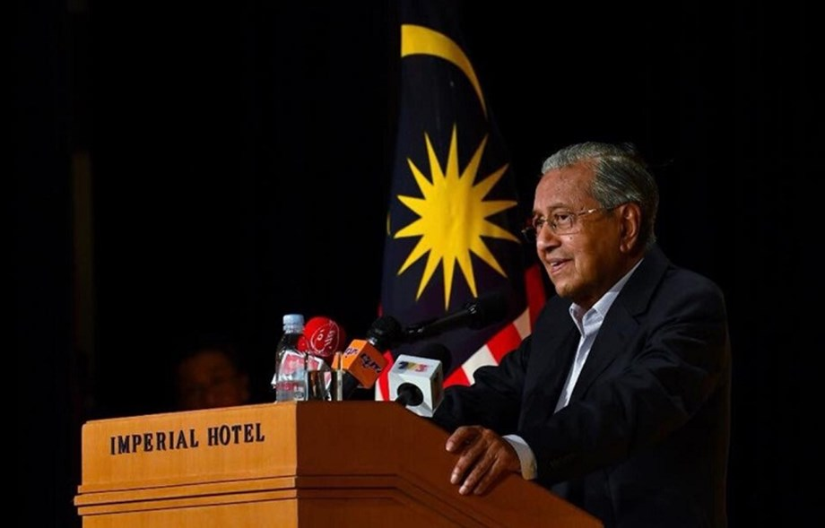 New Malaysian PM floats national car project