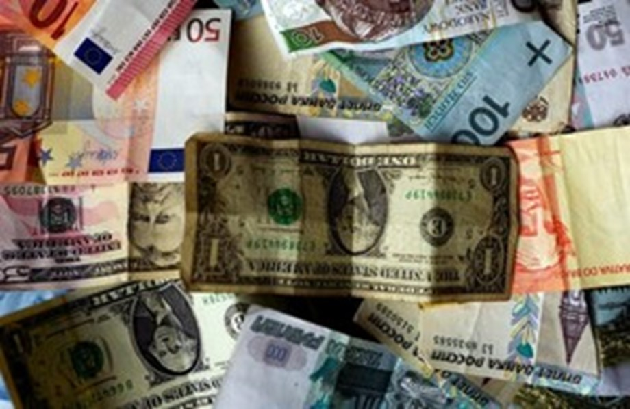 Sri Lankan rupee hits record low; lack of exporter dollar sales weigh