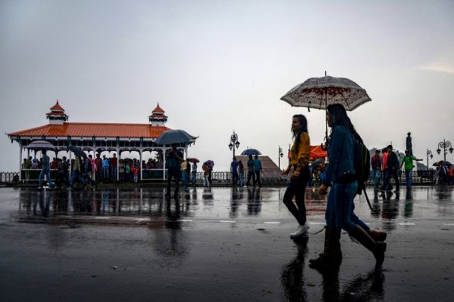 Temperature drops in Himachal hills as Shima and nearby areas get hit by hailstorm