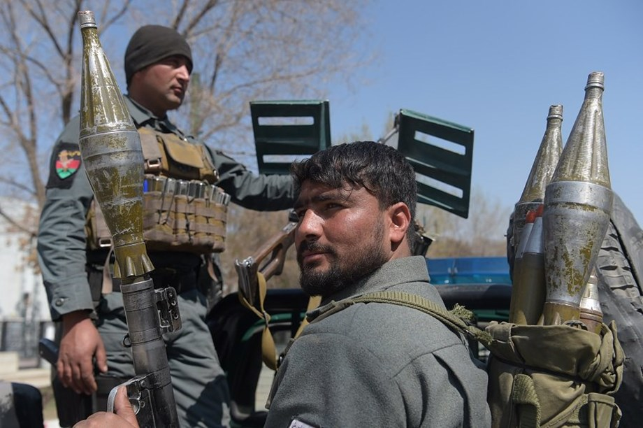 Taliban, Kabul govt both claim embattled Afghan city before insurgents