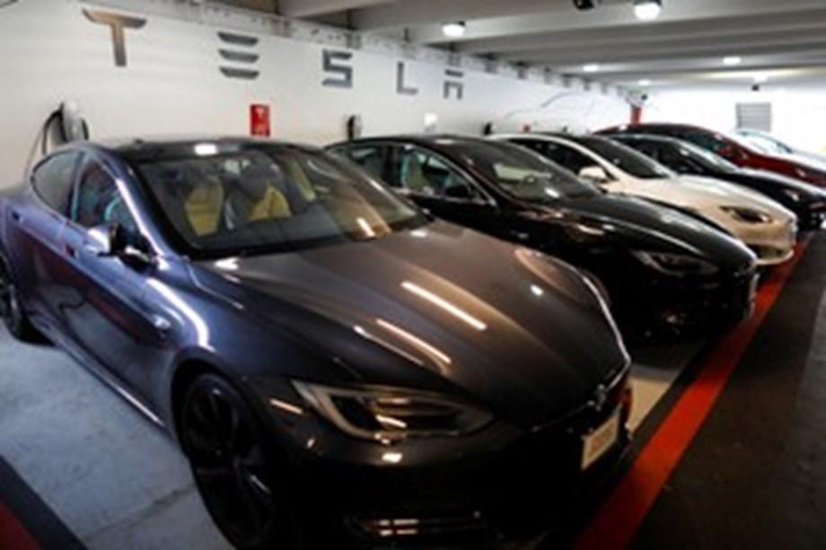 Tesla in trouble regarding unfair labour practices