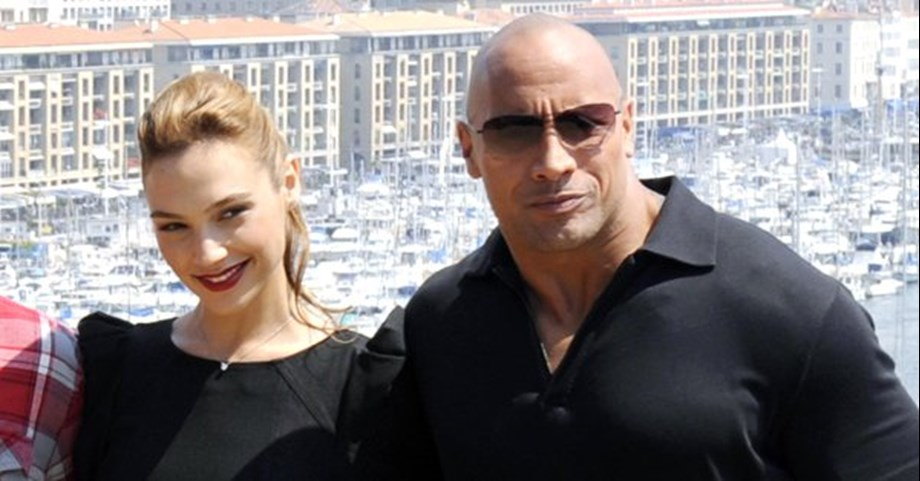 Gal Gadot all set to reteam with Dwayne Johnson in Red Notice