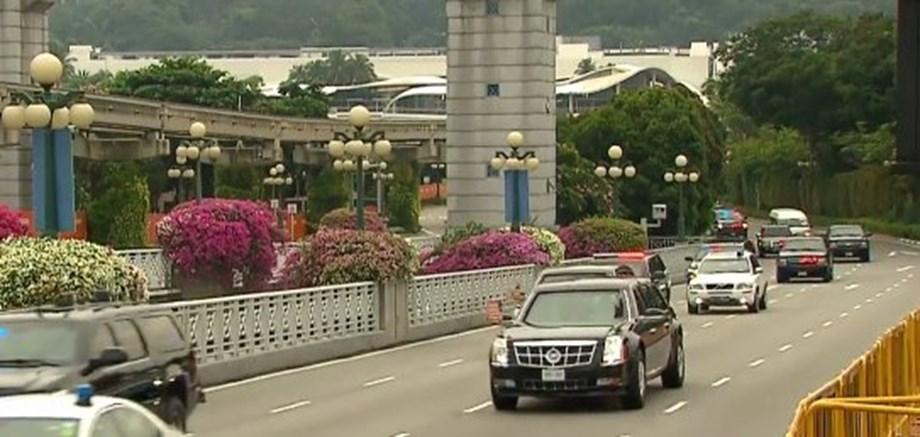 "US President flaunts his limousine ""The Beast"" to N Korean leader Kim Jong-un"