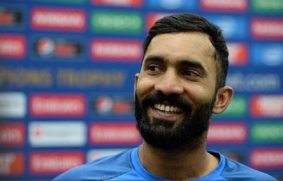 Lost my place for no normal cricketer, it was Dhoni: Dinesh Karthik
