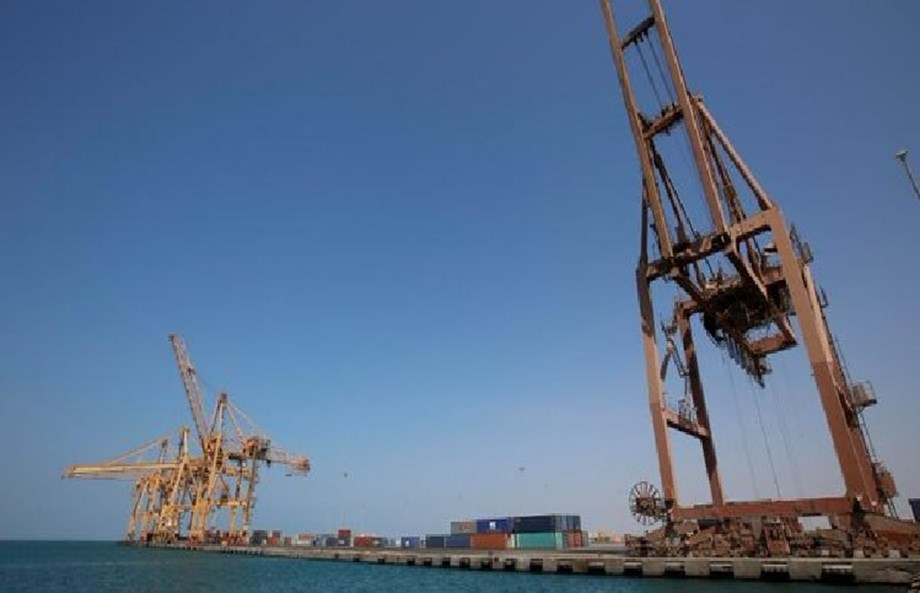 UAE asks Yemen's Houthis to evacuate port of Hodeidah