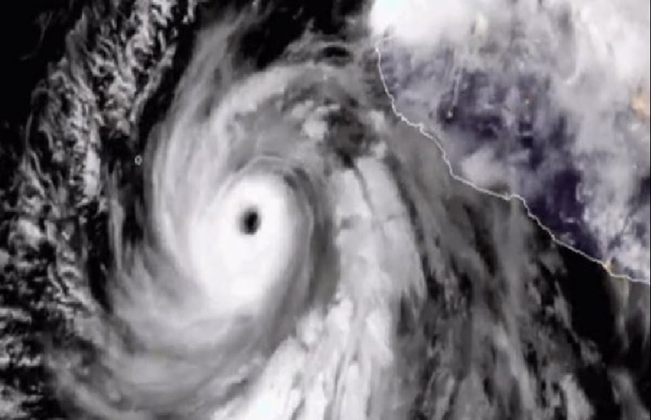 Hurricane Bud weakens to Category 1, off Mexico's Pacific coast, says NHC