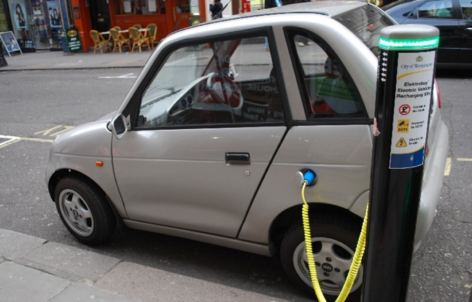 Zoomcar brings EVs to Kolkata, increase its share in fleet