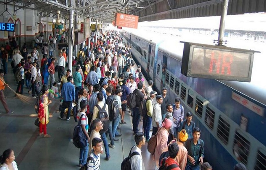 Railway launches mobile app to book unreserved tickets