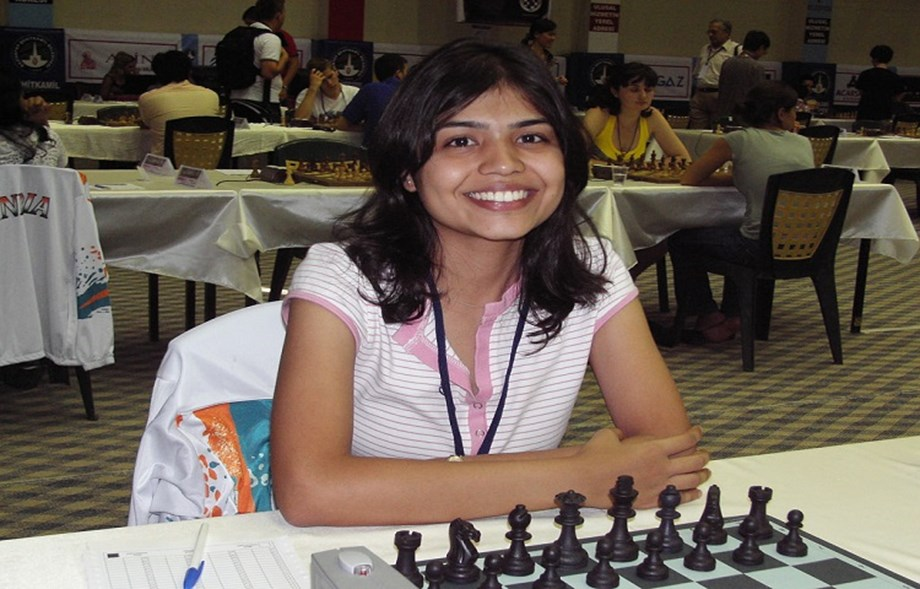 Soumya Swaminathan withdraws from Iranian Chess tournament, Transgenders to fight Pakistan elections