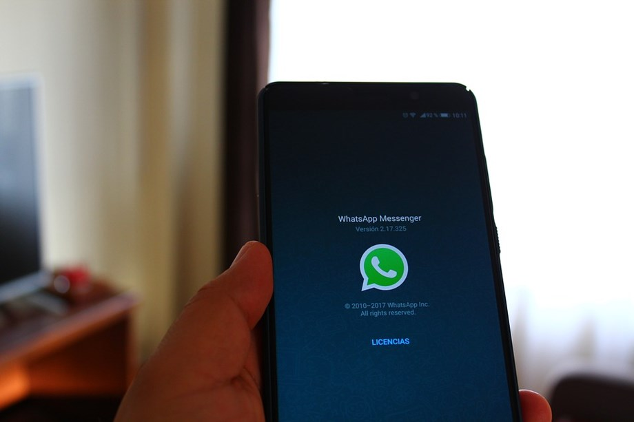 Many people switching from Facebook to WhatsApp for news