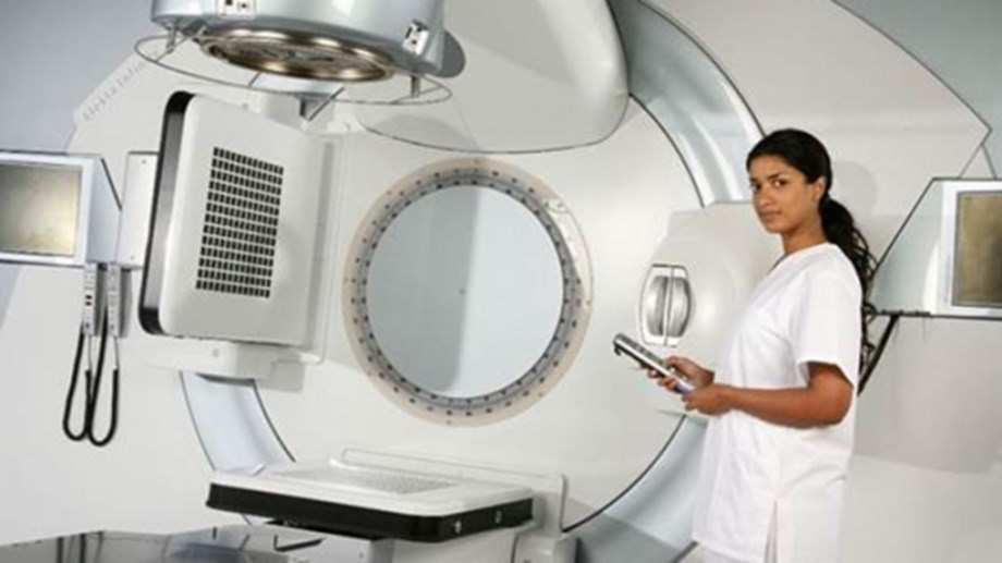 Better cancer treatment in Jordan with radiotherapy machine donated through IAEA