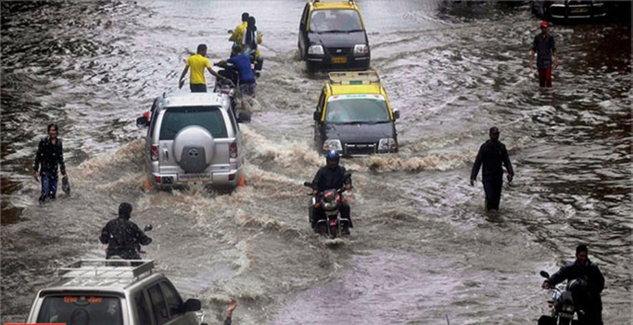 Heavy rains lead to waterlogging, traffic congestion in Delhi