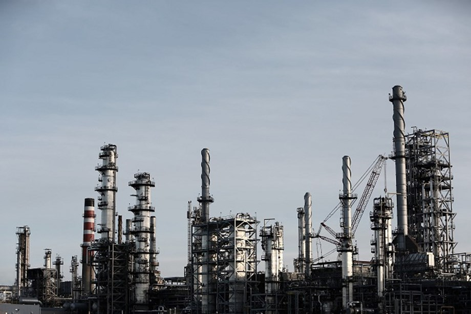China's crude oil output fell by 1.9 per cent, a record low