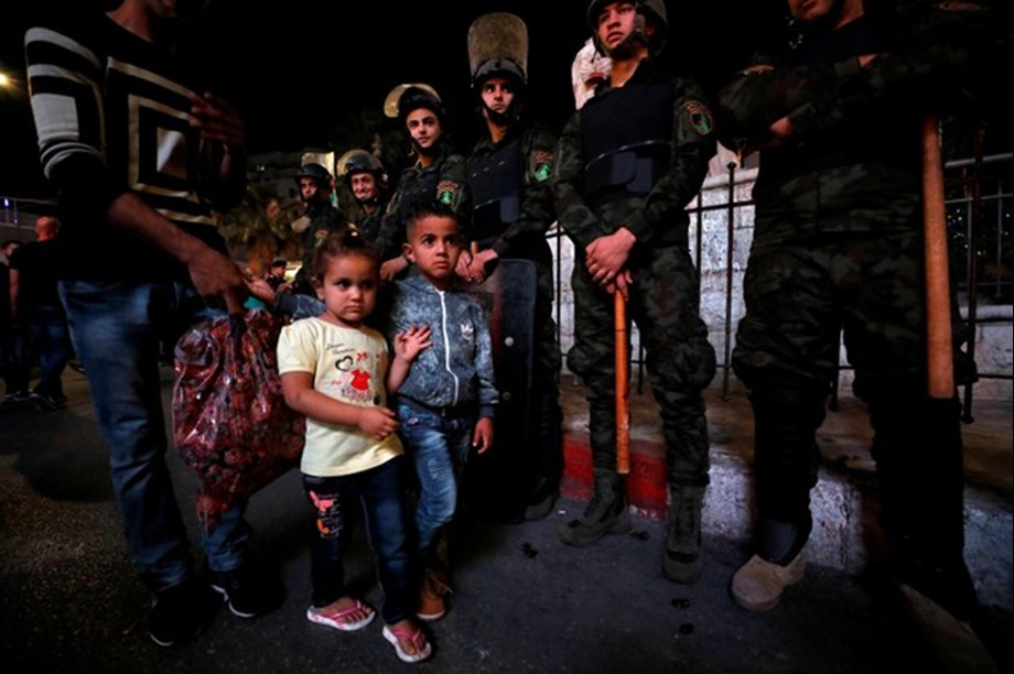 Palestinian security forces used tear gas and batons to end financial sanctions in Gaza