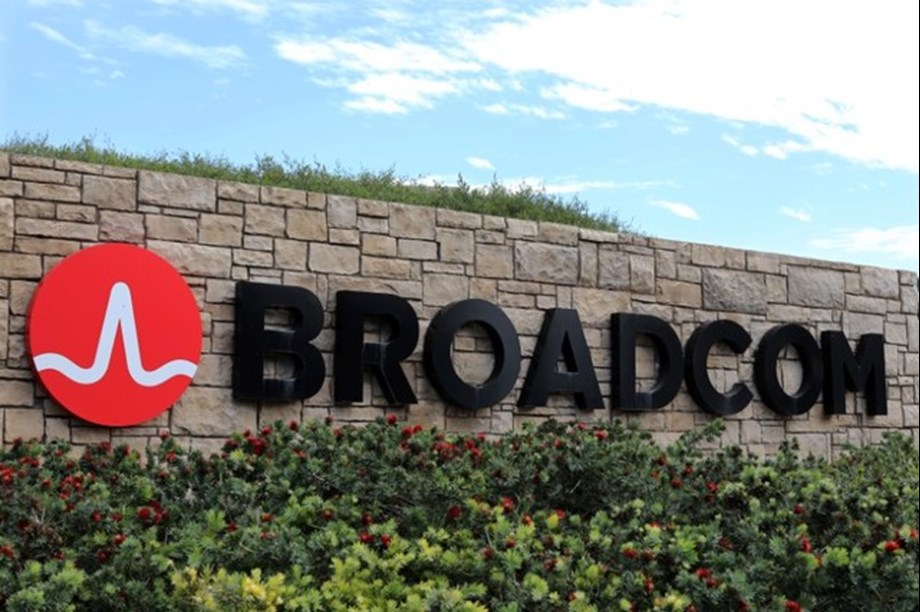 Broadcom gives up 1,100 employees to cut costs after merger with Brocade