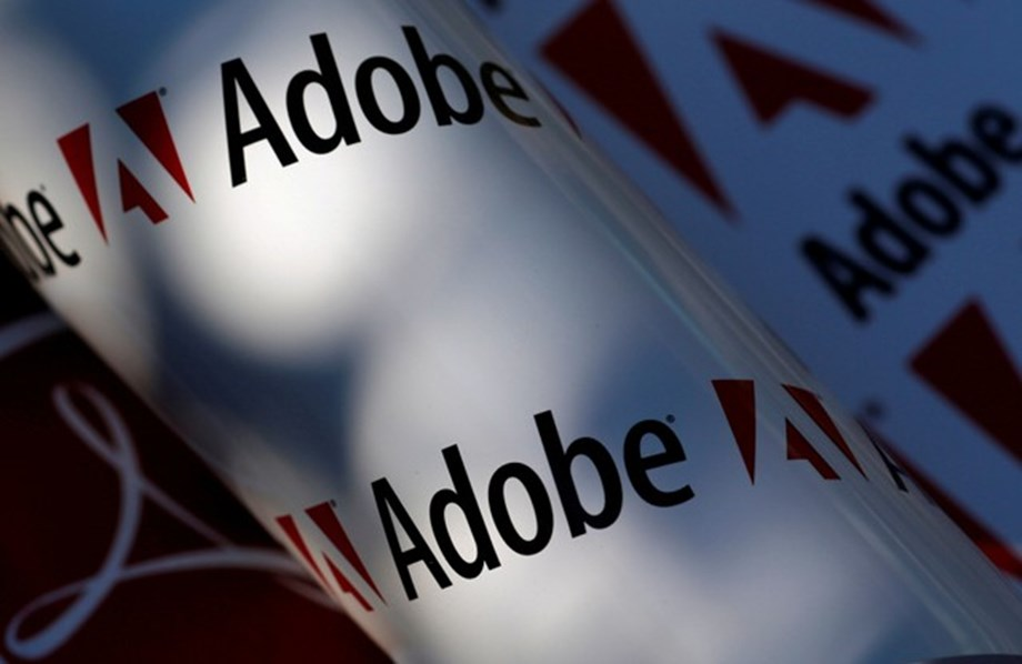 Digital media boost helps Adobe top profit estimates for 8th straight quarter