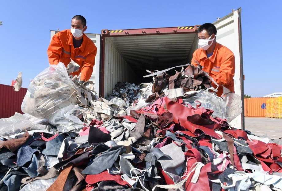 China solid waste imports plummet 56 pct in H1