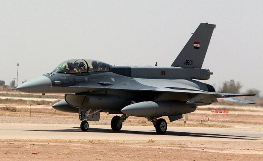 Lockheed F-35 jet price falls 6 pct to below $90 mln - sources