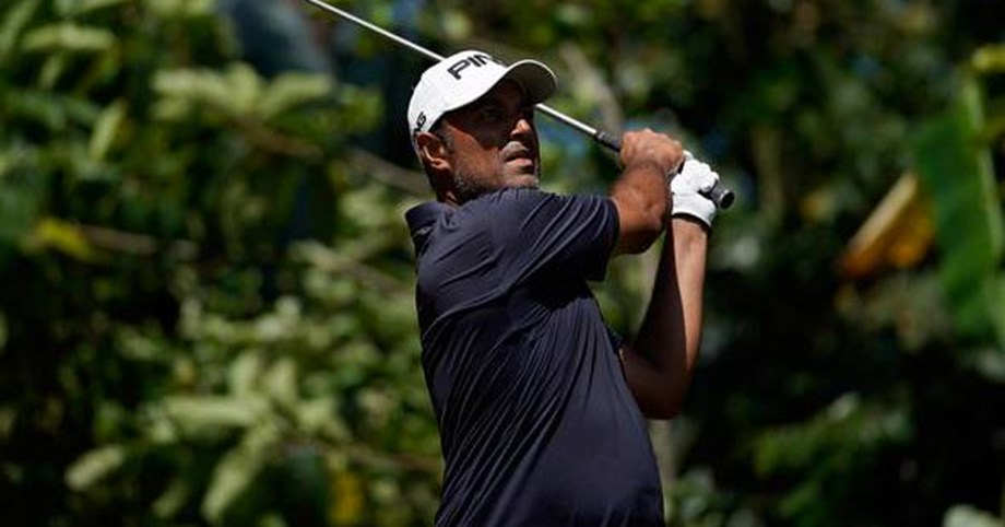 Atwal gives away early gains as Kim leads by five shots in John Deere