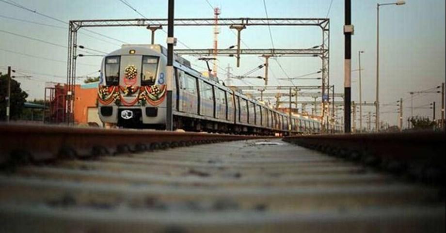 Andhra Pradesh Governor took surprise ride on Hyderabad metro
