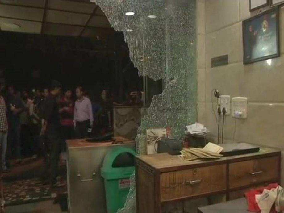 South-east Delhi restaurant vandalised by delivery boys