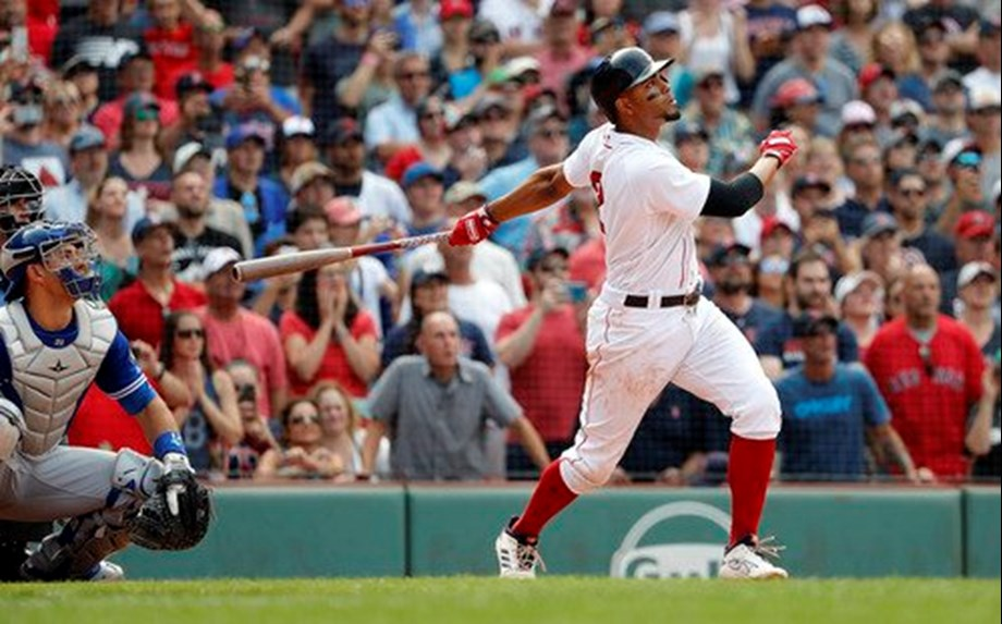 Bogaerts slugs BoSox past Blue Jays to end MLB's best first half