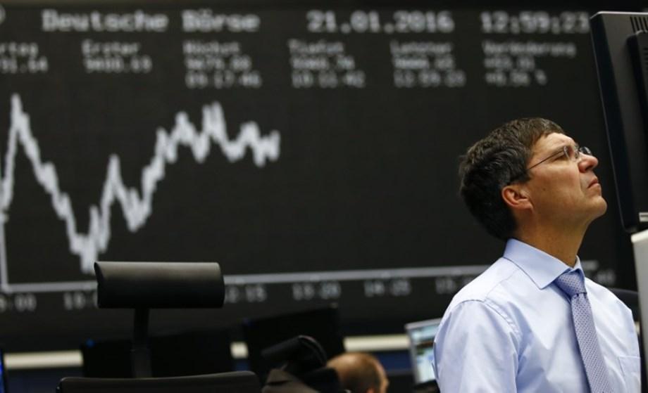 Australian shares fall as financials slip on weak home sales, NZ down
