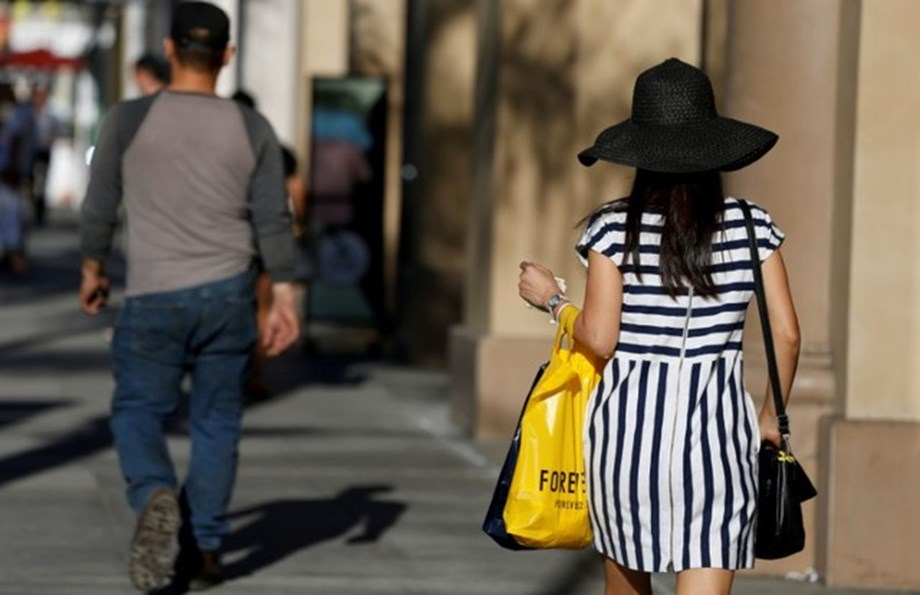 U.S. retail sales increase solidly in June